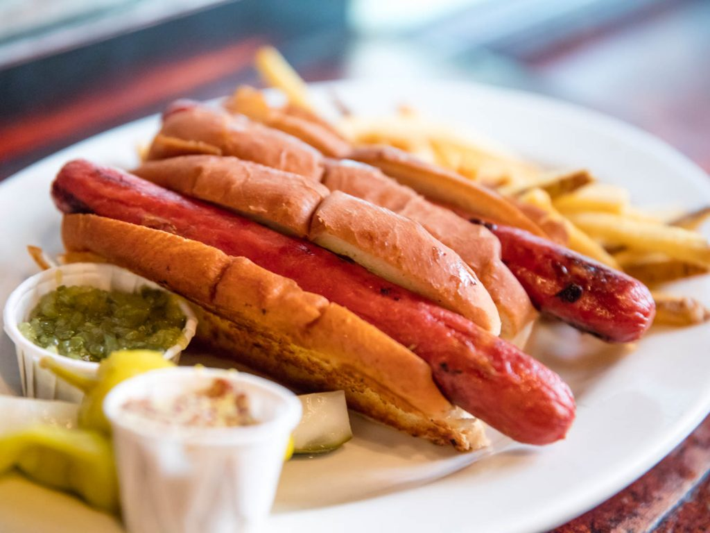 20160712-hot-dogs-vicky-wasik-2