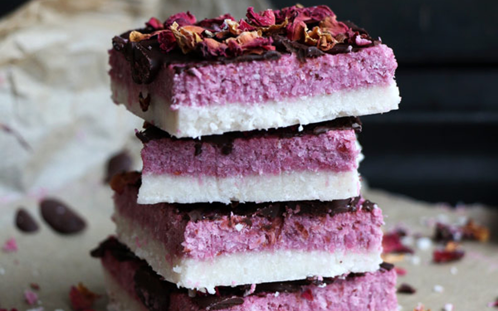 Raw-Coconut-and-Rawberry-Bars-With-a-Chocolate-Drizzle