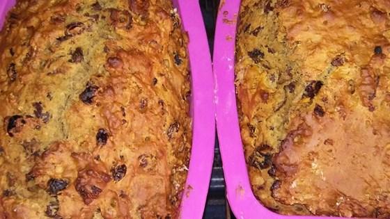 incir ve hurmalı ekmek