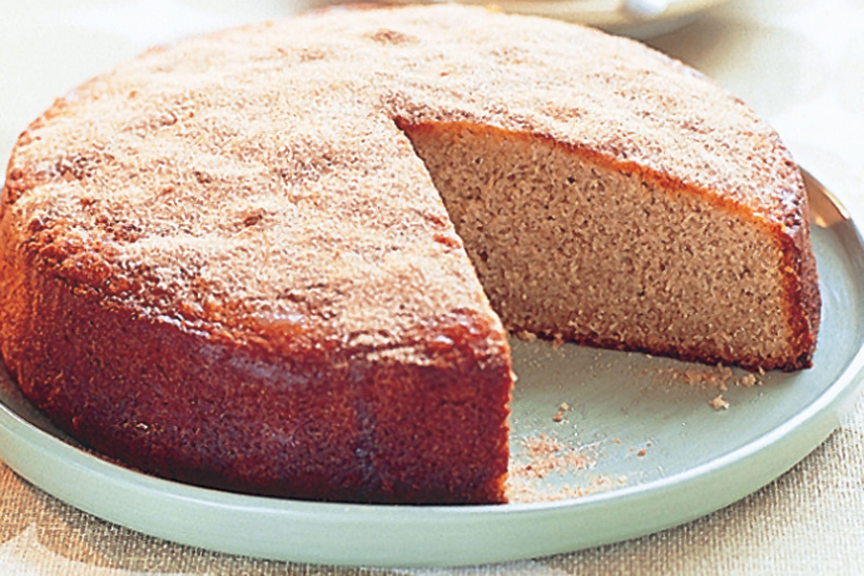 Basit ve lezzetli bir kek tarifi. Tatlı hazırlama seçenekleri